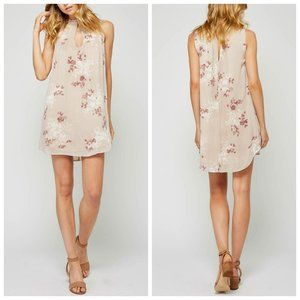 UO GENTLE FAWN Romantic Rose Shift Dress